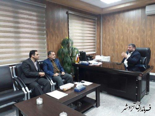 دیدار رئیس پست بانک شعبه آزادشهر با فرماندار این شهرستان