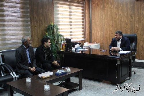 نشست اعضای شورای اسلامی و دهیار روستای اکبرآباد با فرماندار آزادشهر