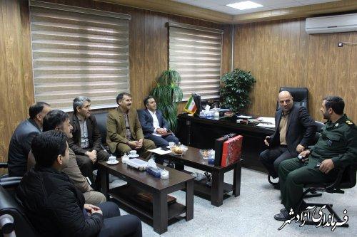 دیدار رئیس اتحادیه نانوایان و رئیس اداره صنعت،معدن و تجارت آزادشهر با فرماندار این شهرستان
