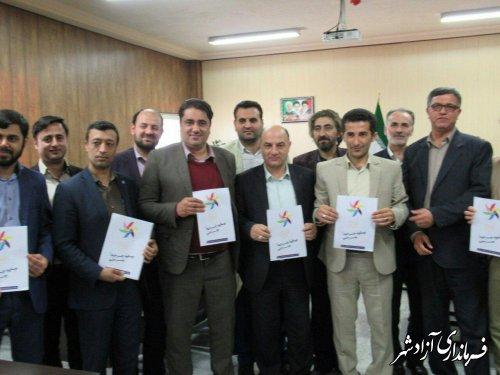 مشارکت فرماندار آزادشهر در کمپین خرید کالای ایرانی و استاندارد