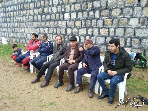 بازدید فرماندار آزادشهر از مسابقات فوتبال چمن جام نوروزی شهر نوده خاندوز