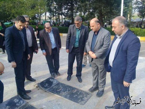 تجدید میثاق فرماندار و نماینده مجلس آزادشهر با شهدای این شهرستان