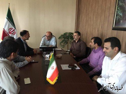 فرماندار شهرستان آزادشهر: واحد های صنفی بدون مجوز پس از یک ماه مهلت اخذ مجوز پلمپ خواهند شد
