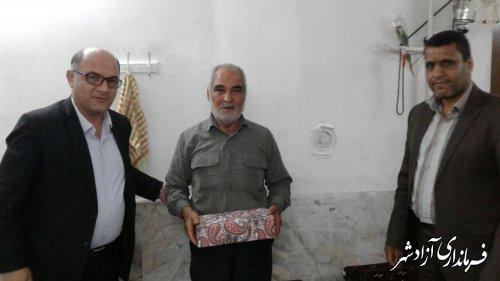 دیدار فرماندار شهرستان آزادشهر با خانواده شهیدان کهساری و میرحسینی