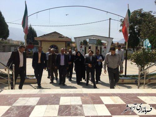 بازدید اعضای کمیسیون آموزش و تحقیقات مجلس شورای اسلامی از مراکز آموزشی و تحقیقاتی شهرستان آزادشهر