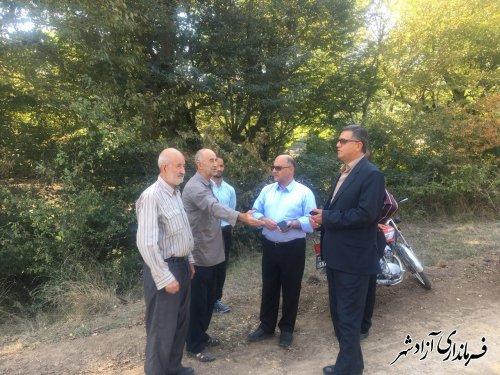 بازدید فرماندار به همراه رییس اداره منابع طبیعی از زمین های کشاورزی مشمول طرح منابع ملی و خلع ید