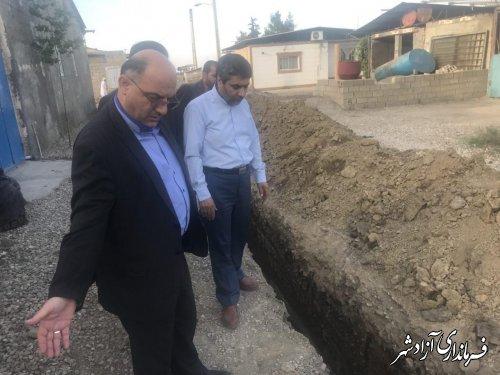 بازدید فرماندار شهرستان آزادشهر از پروژه های عمرانی روستای مزرعه یزدانی