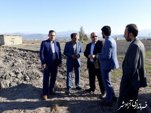 فرماندار از محل احداث کشتارگاه صنعتی تمام اتوماتیک شهرستان آزادشهر بازدید کرد