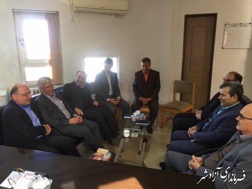 نشست هم اندیشی جمعی از بخشداران استان در بخشداری چشمه ساران شهرستان آزادشهر