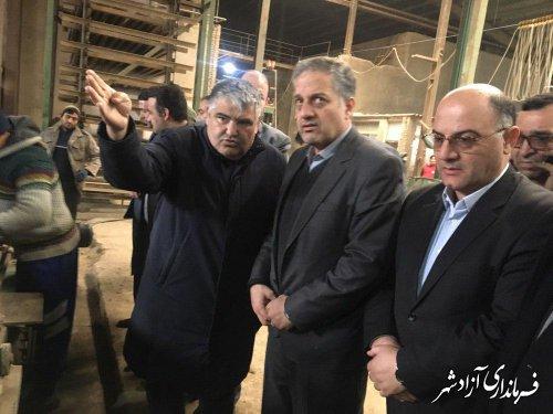 بازدید سرپرست معاونت سیاسی ، امنیتی و اجتماعی استانداری گلستان از چند کارخانه و کارگاه تولیدی در شهرستان آزادشهر