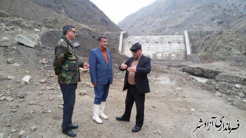 فرماندار آزادشهر از روند اجرایی و عملكرد سازه های سنگ ملاتی بازدید کرد