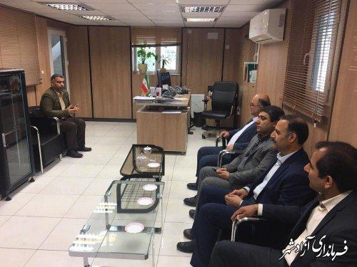 بازدید سرزده فرماندار شهرستان آزادشهر از برخی از ادارات سطح شهر