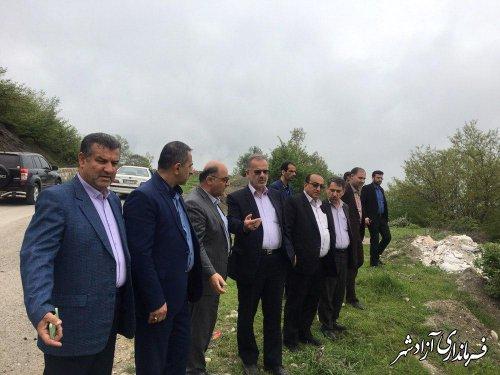 بازدید جمعی از مسئولین استانی از محورهای مواصلاتی روستاهای بخش چشمه ساران
