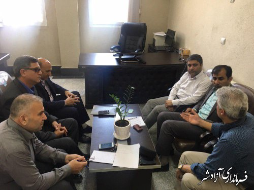 مشکلات اتحادیه زنبورداران شهرستان آزادشهر بررسی و مرتفع شد