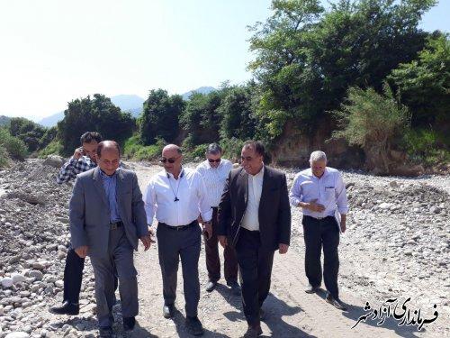 بازدید فرماندار آزادشهر از خسارت های حادث شده از سیلاب اخیر و بررسی روند لایروبی رودخانه خرمارود