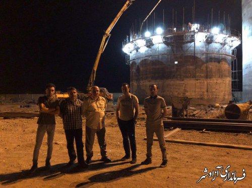 بازدید شبانه فرماندار شهرستان آزادشهر از محل خرید کلزای کشاورزان