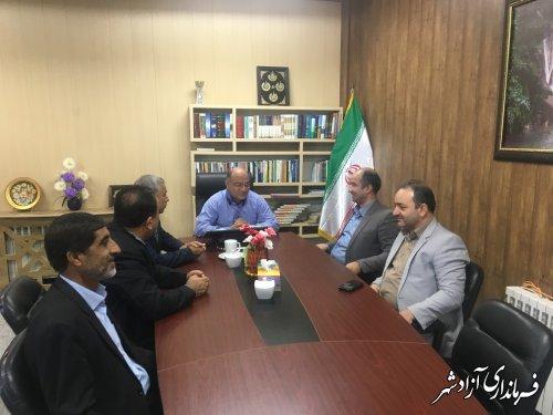 دیدار رییس و اعضای شورای شهر به همراه شهردار آزادشهر با فرماندار این شهرستان