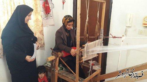 بازدید کارشناسان اداره میراث فرهنگی شهرستان آزادشهر از کارگاه های صنایع دستی