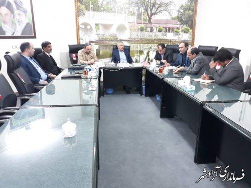 تشکیل جلسه ای پیرامون انتشاربوی بددر سطح شهر با حضوردکترمنصوری ،مدیرت پسماند،مهندس سمیعیواعضای شورای اسلامی شهر