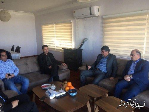بازدید فرماندار و رییس سازمان جهادکشاورزی استان از بزرگترین مرغداری شرق استان در آزادشهر