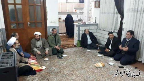 دیدار و دلجویی جمعی از مسئولین شهرستان آزادشهر از خانواده های معظم شهدا و جانبازان