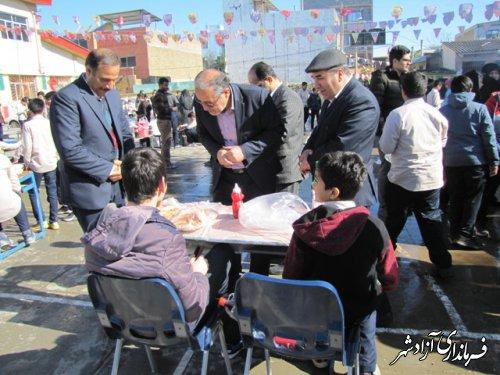 راه اندازی بازارچه کارآفرینی در مدارس شهرستان آزادشهر