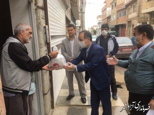 اهدای 50 بسته اقلام بهداشتی رایگان به جانبازان شیمیایی شهرستان آزادشهر