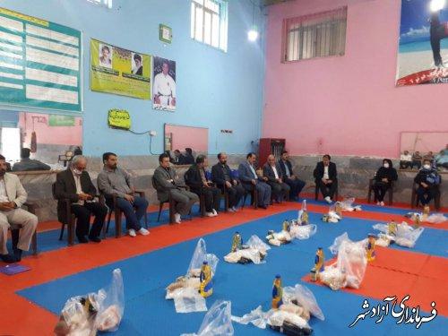 دومین مرحله کمک مومنانه ورزشکاران شهرستان آزادشهر تهیه و توزیع شد