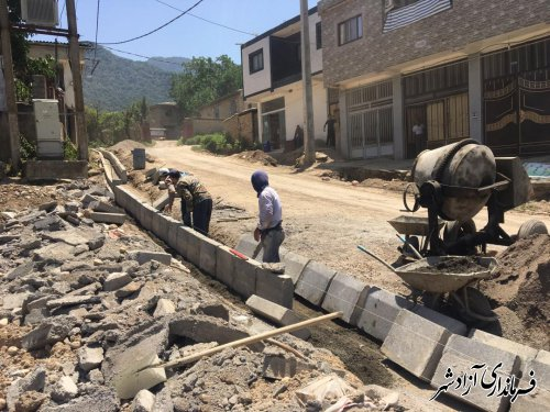بازدید فرماندار آزادشهر از پروژه های عمرانی در حال انجام در روستاهای بخش مرکزی این شهرستان