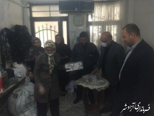 بازدید فرماندار آزادشهر از یک واحد تولیدی پوشاک دخترانه در این شهرستان
