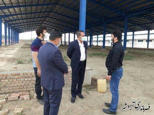 فرماندار آزادشهر از واحد صنایع تبدیلی کشاورزی در حال ساخت این شهرستان بازدید کرد